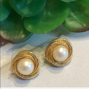 VTG-MONET-Gold Rope & Pearl Look Post Earrings